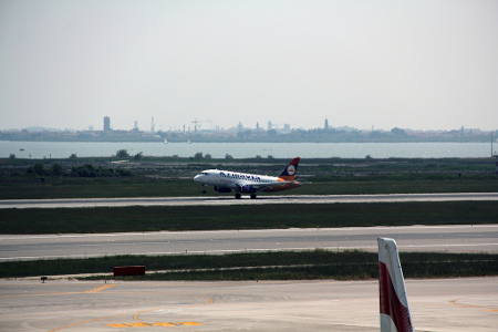 SSJ100 Lands at VCE Airport