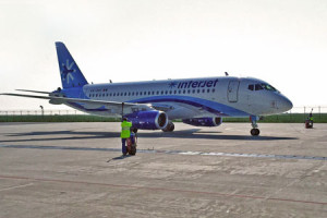 SuperJet International delivers its 14th SSJ100 to Interjet